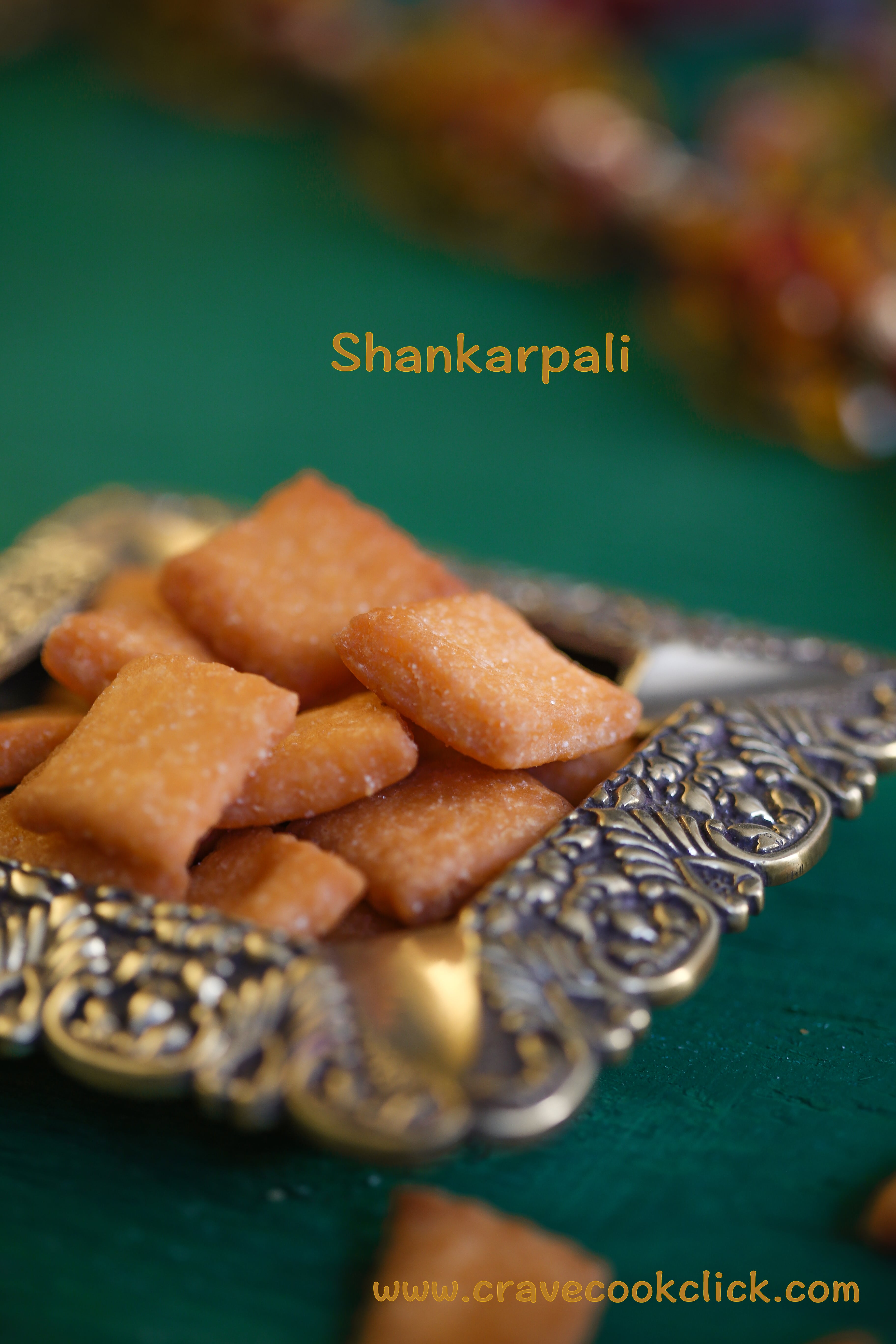 Shakarpali Recipe, How to make Shankarpali, Diwali sweets