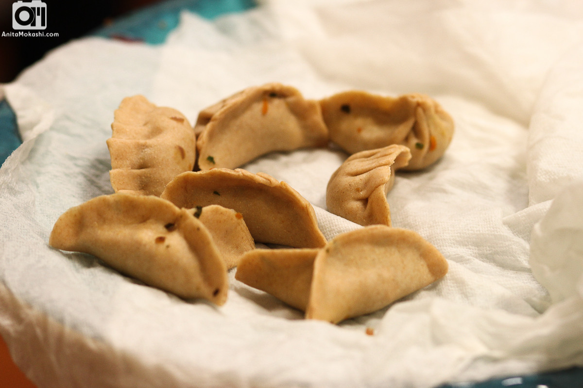 Wheat Momos Stuffed With Mustard Leaf RecipeWheat Momos Stuffed With Mustard Leaf Recipe