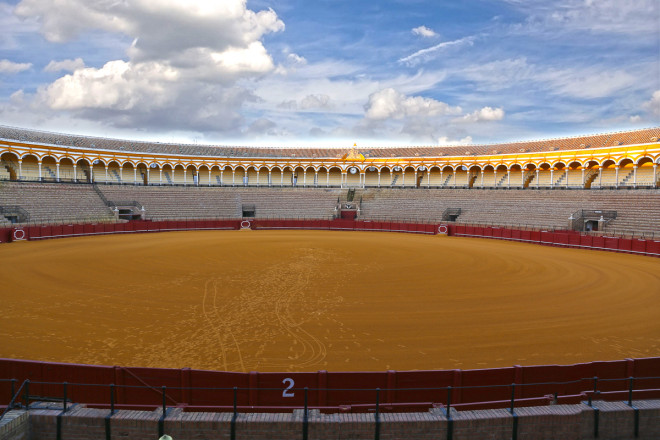 Plaza De Toros.. Some of Spain's best bullfighting is done in Sevilla's 14,000-seat Plaza de Toros. There are bullfights scheduled on most Sundays, Easter through October.