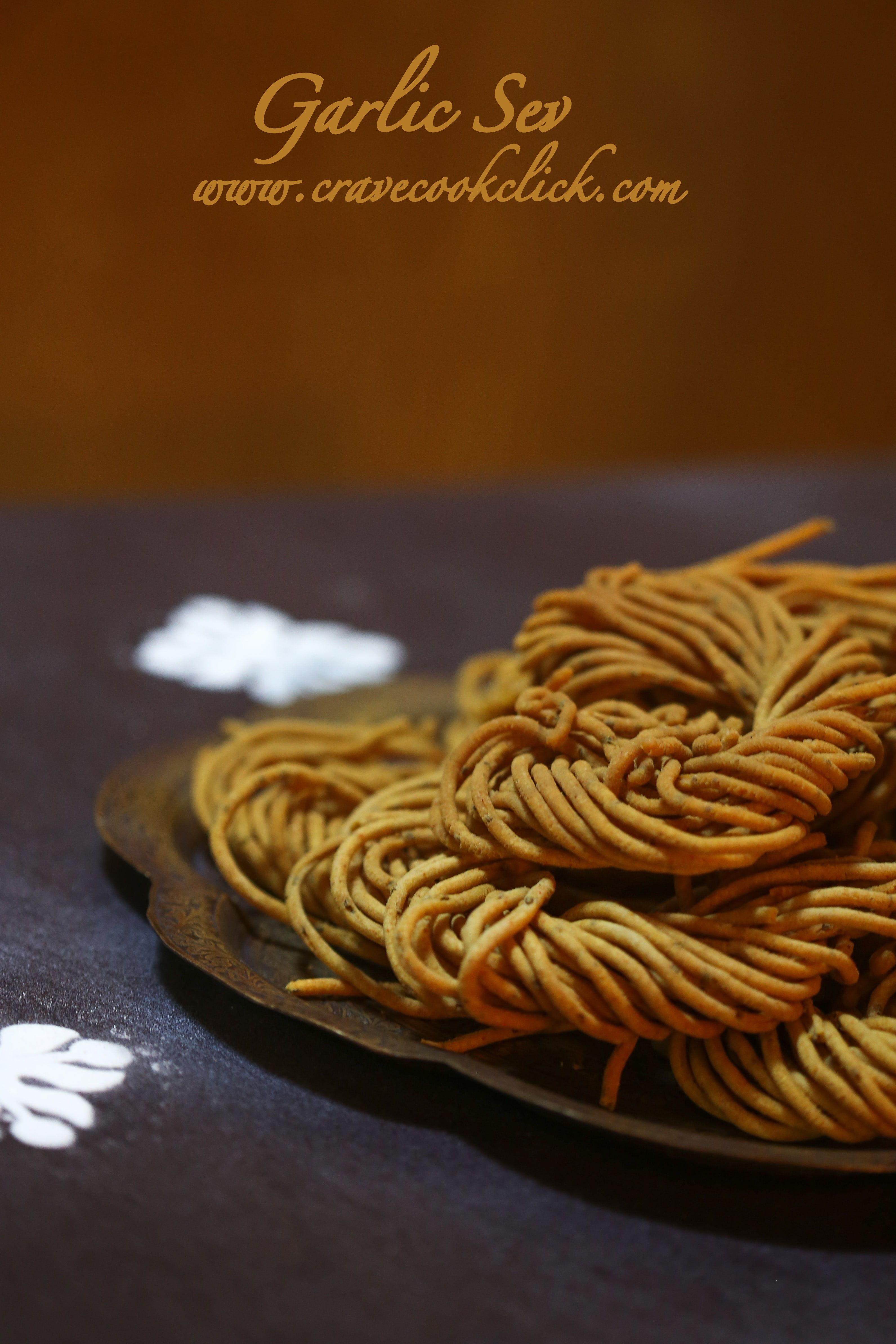 Garlic Sev Recipe- Diwali Delicacy