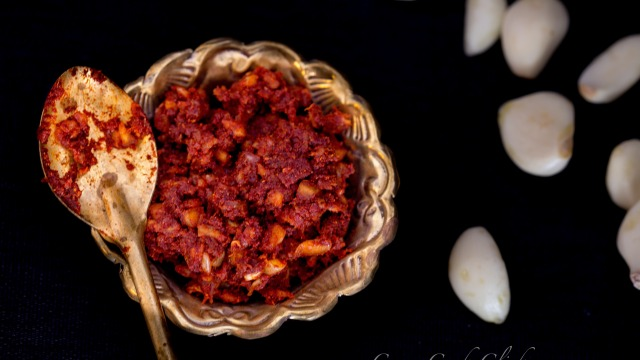 chutneyrecipe, garlicchutney, indianrecipes, garlic, redchillipowder, recipes lasunchutney, thecha, foodphotography, foodpics, foodies, bestfoodblog