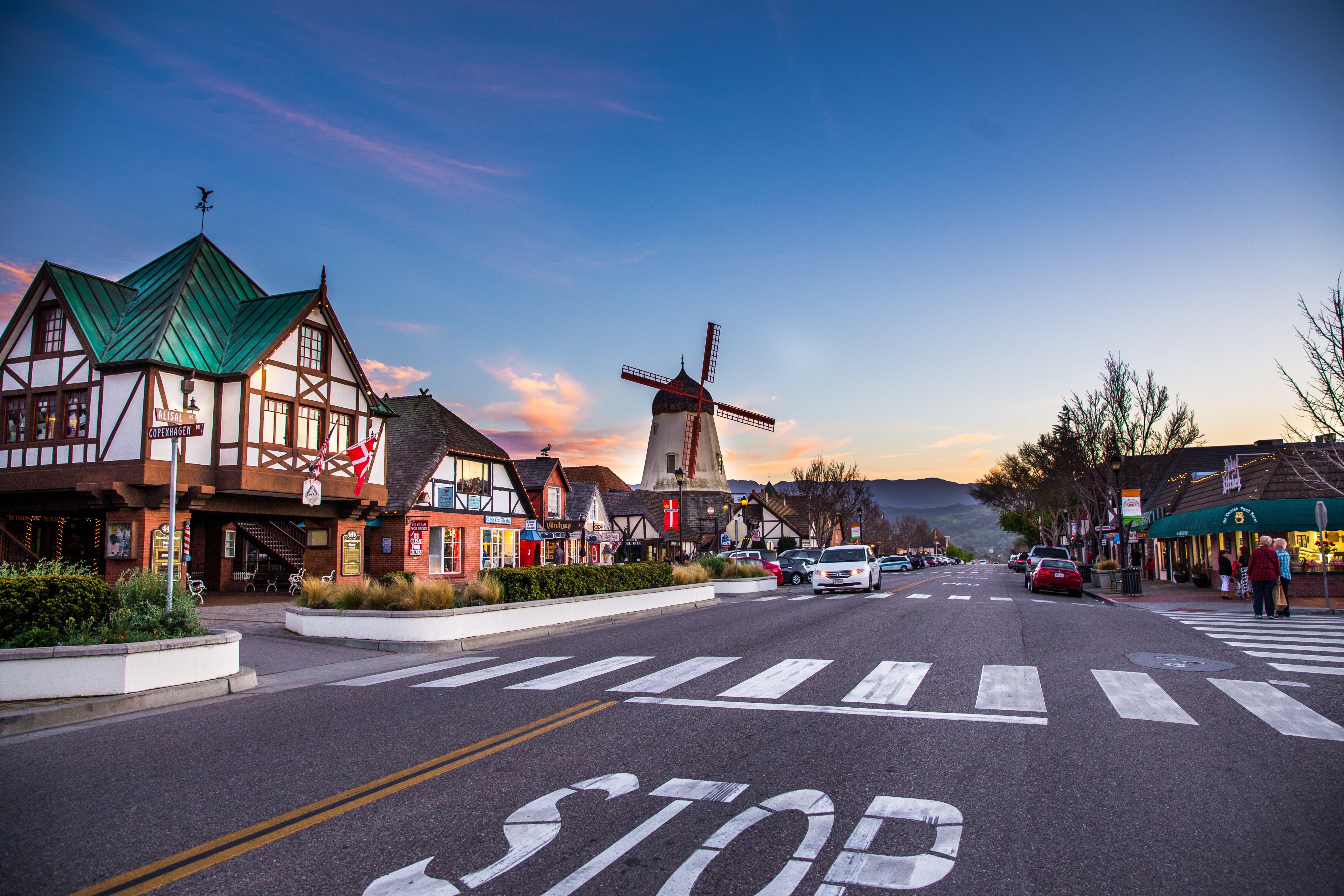things to do in solvang, solvang, california, best places in solvang, traveller, travelblog, solvang travel blog, The Solvang Restaurant Aebleskivers, paulas pancakes solvang, olsen bakery, Solvang Copenhagen drive, Ostrichland Solvang, Must see places in Solvang, Solvang The Denmark of California, solvang ca, solvang gift shops, best restaurants in solvang