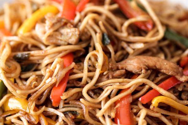 Chicken Hakka Noodles Recipe