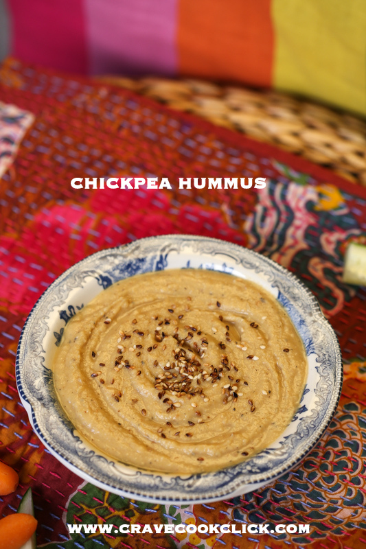 how to make hummus, hummus from scratch, chickpea hummus recipe, indian recipe, appetisers, starters, Mediterranean recipes, foodblog, food recipes, food photography, easy hummus recipe