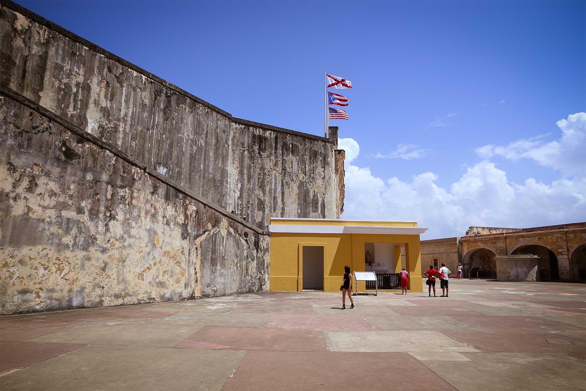 Puertorico itinerary, isla verde, puertorican cuisine, mofongo, travel, natgeo, travelworldwide, caribbearn islands, el yunque national forest, biobay, old town sanjuan, culebra islands, flamenco beach, Puerto Rico, lonelyplanet, travellers