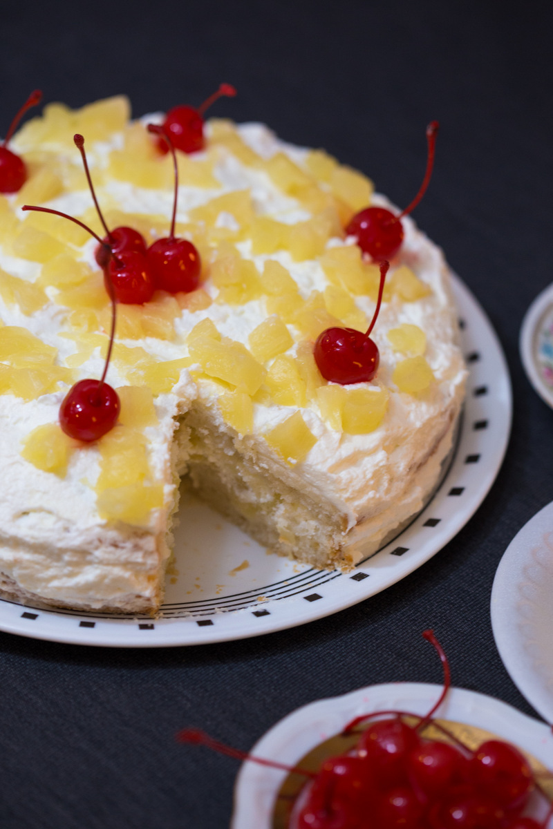 pineapple cake, eggless and butterless cakes, easy cake recipes, freshcream icing, pineapple pastry, how to make pineapple cake, foodblog, foodphotography, foodblogger, baker